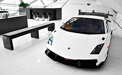 SuperTrofeo (Thomas van Rooij) Tags: lighting light white building cars netherlands car architecture racecar photography design italian nikon utrecht track furniture thomas interior nederland automotive super exotic showroom nikkor lamborghini exclusive supercar lambourghini v10 gallardo cardealer trackday lamborgini 18105 trofeo d90 hessing trackdaycar rooij lp560 lp5604 supertrofeo thomasvanrooij