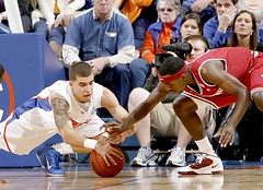 Mardracus Wade / Scottie Wilbekin (AP Photo/Matt Stamey)