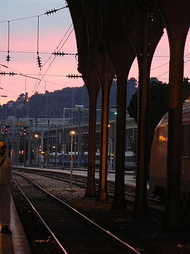 ciel rouge à la gare.jpg