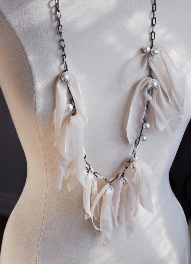 Lanvin necklace DIY + long chain necklace with drop pearls & nude fabric