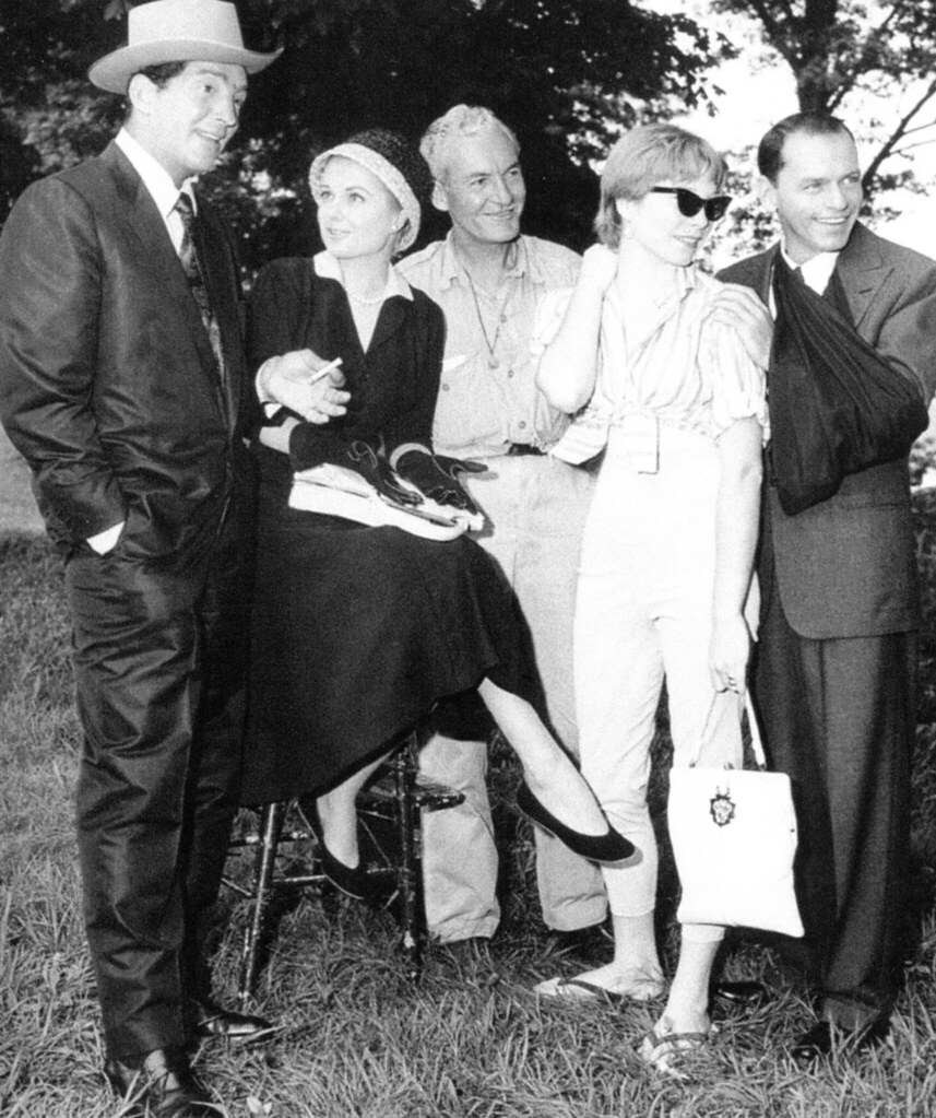 Dean Martin, Martha Hyer, assistant director William McGarry, Shirley MacLaine and Frank Sinatra