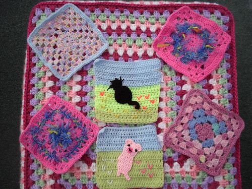 Such pretty Squares don't you think? I love the colours!