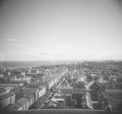bird's view (lennajune) Tags: houses bird analog holga view malm resundsbridge