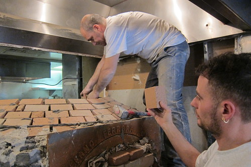 A Peek Into Sotto S Hand Built Neapolitan Pizza Oven Will
