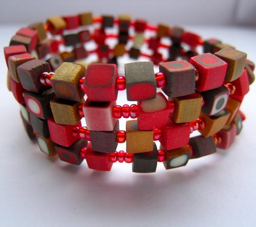bracelet forme fimo rouge et or