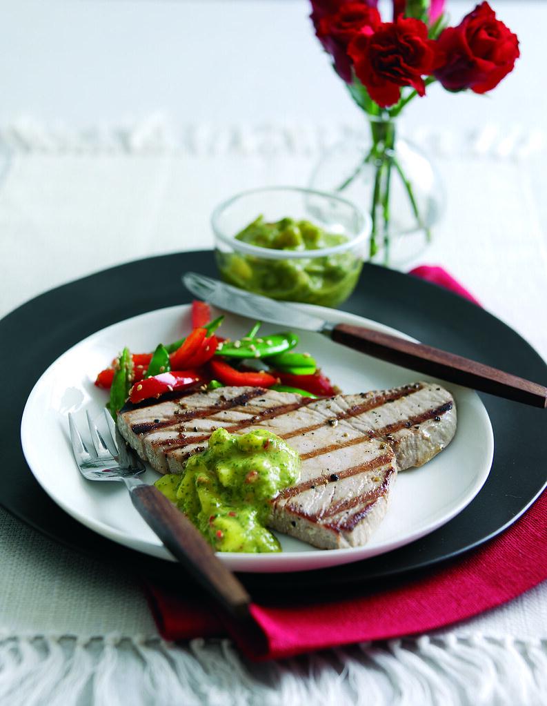 Pan-fried Tuna Steak with Spicy Mango Salsa