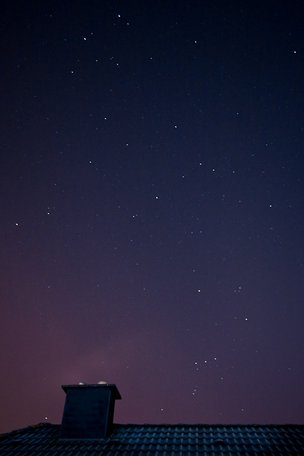Cold Night Sky in January (18mm f/4.0 30s ISO800)