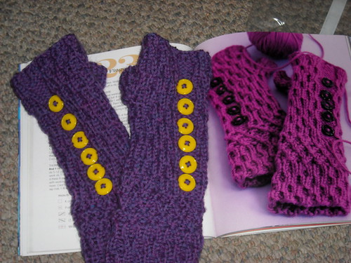 #23 Smocked Fingerless Mitts