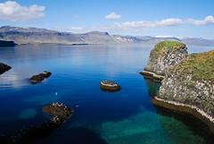 At Arnarstapi (SteinaMatt) Tags: blue sea summer sky rock matt iceland nikon peninsula mesa sland 2010 arnarstapi snfellsnes lightroom birdlife 2011 stapi d80 steina vesturland