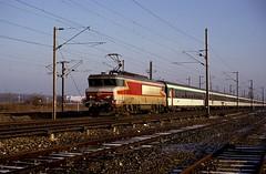 15042  Maizieres  08.03.93 (w. + h. brutzer) Tags: france analog train nikon frankreich eisenbahn railway zug trains locomotive sncf lokomotive 15000 elok eisenbahnen eloks maizieres webru