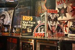 KISS makeup set