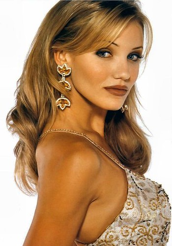 cameron diaz mask pictures. cameron-diaz-in-the-mask