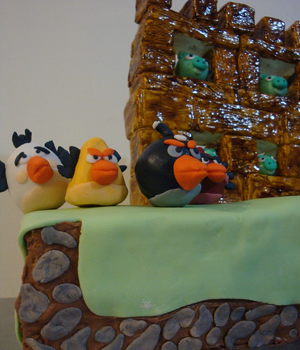 angry-birds-cake-frombase