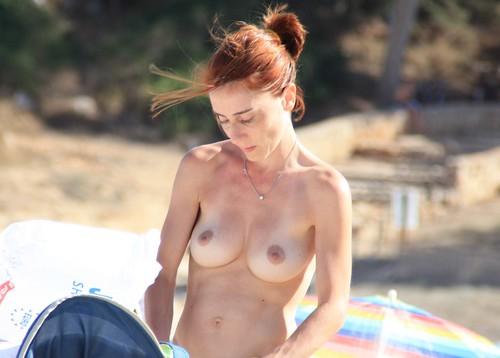 candid beach voyeurism butts pics: nudebeach