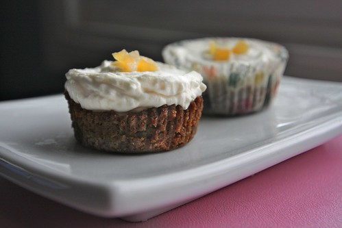 mini ginger almond cheesecakes
