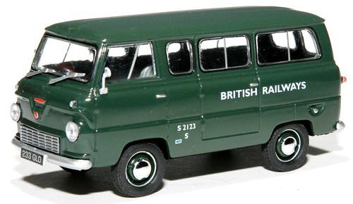 Oxford Ford Thames minibus