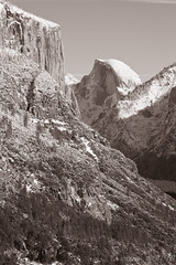 El Capitan and Half Dome, Yosemite Valley, Yosemite National Park, 2010 (larkvi) Tags: california trees winter usa mountain snow scenery unitedstates scenic halfdome yosemitenationalpark elcapitan yosemitevalley winslow cloudsrest tunnelview larkvi seanwinslow larkvicom
