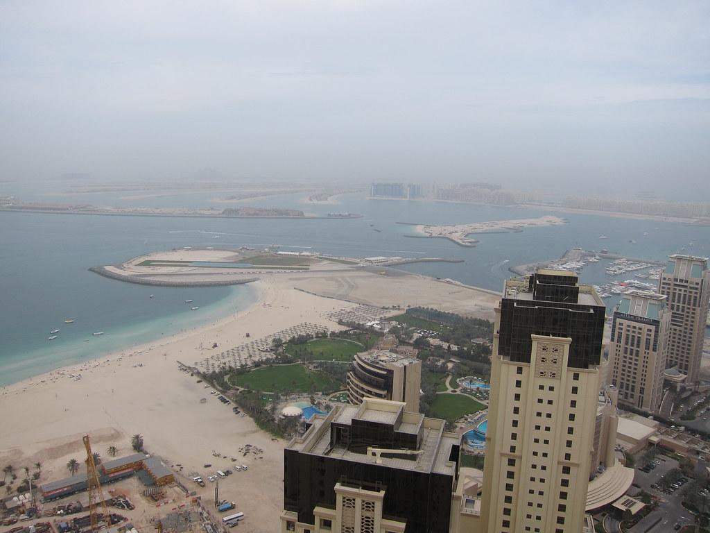Abu Dhabi Feb 2011 Davis Bday 369