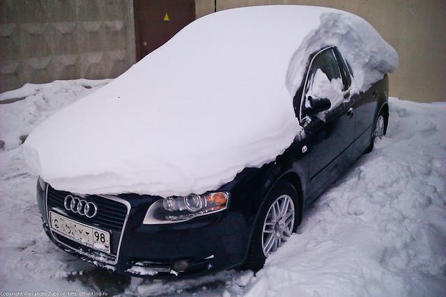 Мое авто под снегом