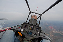 Back seating with Coen (Lennart Batenburg) Tags: canon airplane eos soaring gliding glider airborne thermal 1022 coen ssb duodiscus soesterberg 50d ehsb acvz