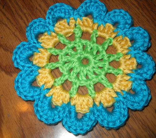 Over 100 Free Crocheted Flowers Patterns at AllCrafts!