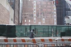 (.Maria.B.) Tags: street nyc ny newyork calle manhattan works canon5d passenger rue olas travaux obras nuevayork pasajero coco2020