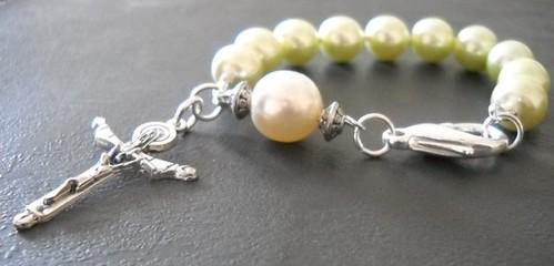 Primavera rosary bracelet