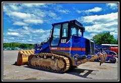 Cat 963D (Arthur 18) Tags: construction bull caterpillar merlot loader tp pelle trax earthmoving crawler terrassement chargeur