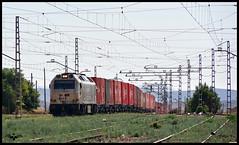 TECO Alicante - Abroigal en La Encina (I) (lagunadani) Tags: paisaje 333 3333 333343 vossloh prima laencina estacion tren ferrocarril locomotora diesel mercancias contenedores teco alicante
