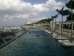 Marina Bay Sands Sky Park and Hotel Lobby (coolinsights) Tags: hotellobby infinitypool mbs kudeta skypark marinabaysands integratedresorts