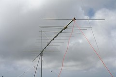 "19 element yagi for 2m EME • <a style=""font-size:0.8em;"" href=""http://www.flickr.com/photos/10945956@N02/5384334962/"" target=""_blank"">View on Flickr</a>"