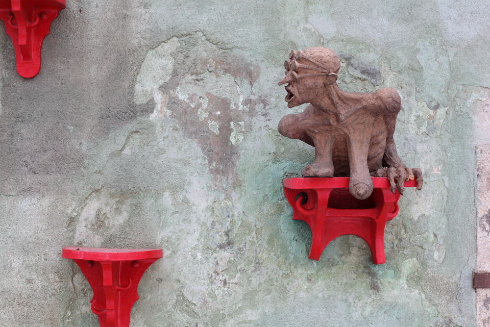 street art in Český Krumlov 11