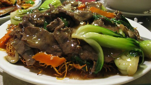 beef pan fried noodles with black pepper