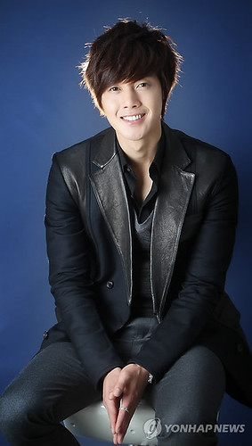 Kim Hyun Joong's Photos Collection 3 [22.11.10]