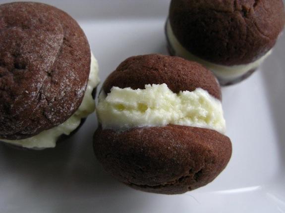 chocolate coconut ice cream sandwiches 004