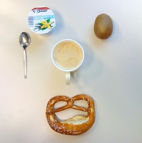 Bauer Vanillejoghurt, Kiwi & Bretzel