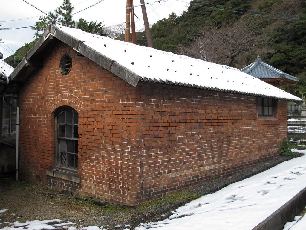 敦賀港駅ランプ小屋