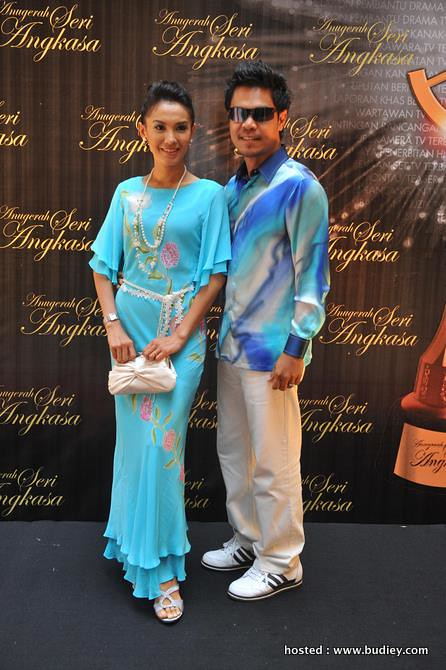 Lisdawati (nominated for Best TV Drama Actress) and Fauzi Nawawi