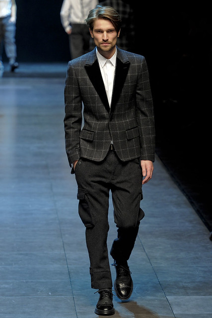 Texas Olsson3091_FW11_Milan_Dolce&Gabbana(VOGUEcom)