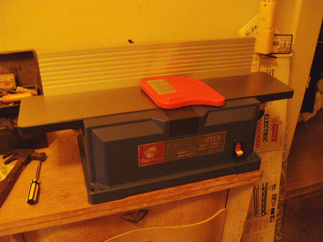 Jointer mounted on bench...