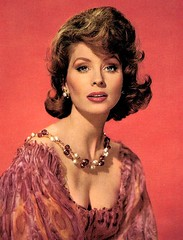 Suzy Parker (Famous Fashionistas (First)) Tags: 1958 chanel vintagefashion 1950s suzyparker gugan 1950sfashion