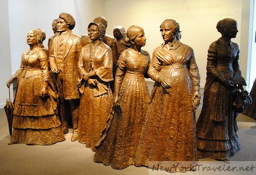 Statues 1