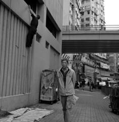 Hong Kong 2011 (BckWht) Tags: rolleiflex hongkong 香港 35e yaumatei fujineopan400 xenotar 油麻地