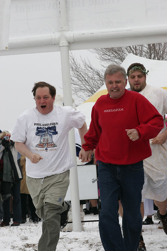 Mayor Buetler goes for the plunge