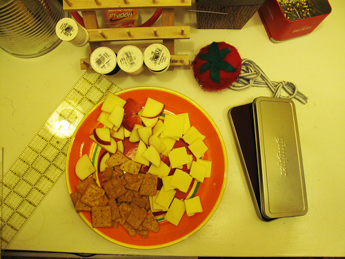 Sewing Snacks ala Jackie. She's the best.