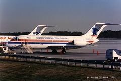 USPS DC-9 IAH N566PC (MichaelB in Houston) Tags: texas postoffice houston usps uspostalservice airmail dc9 purolator kiah n566pc