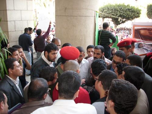 إدارة الجامعة استدعت الشرطة العسكرية واتهمتنا زوراً بالبلطجة