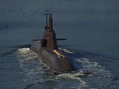 U34 (S184) Class 212A German Submarine (arnekiel) Tags: canal submarine uboat kiel fuelcell uboot hdw nordhafen 212a u34 tkms s184
