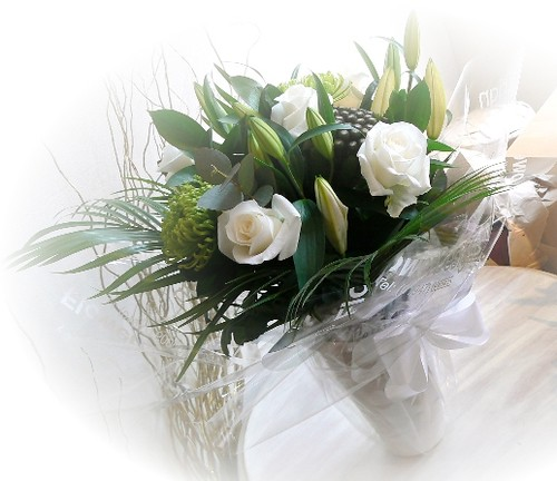 Gift Bouquet with Ceramic Vase