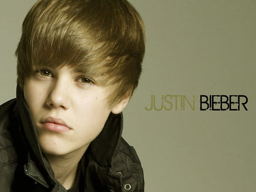 justin bieber wallpaper for twitter. Justin-Bieber-Wallpaper-2-